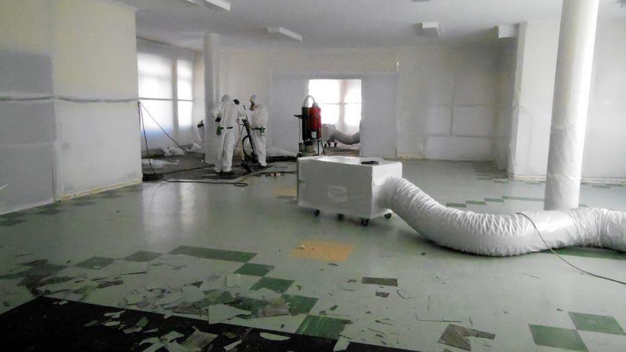 Virtus bonifica pavimenti in amianto in una scuola materna