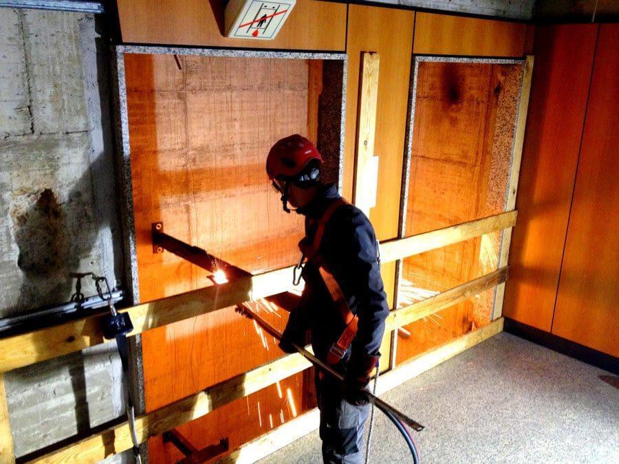 Demolizione ascensori