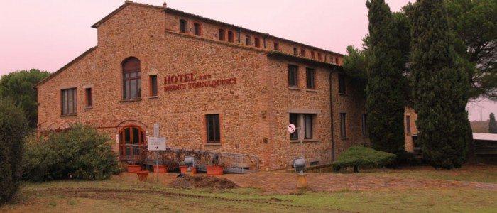 Hotel vista frontale