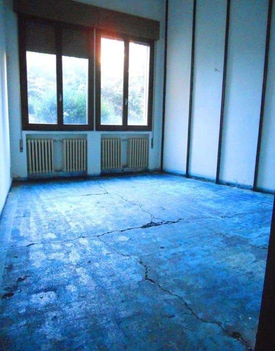 Bonifica e rimozione pavimentazione in vinil amianto