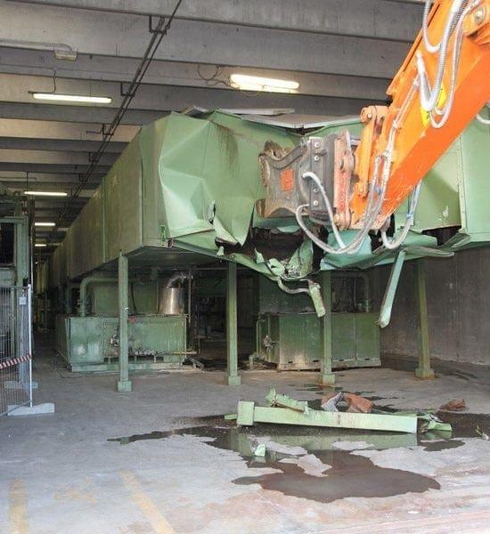 Demolizione impianto industriale