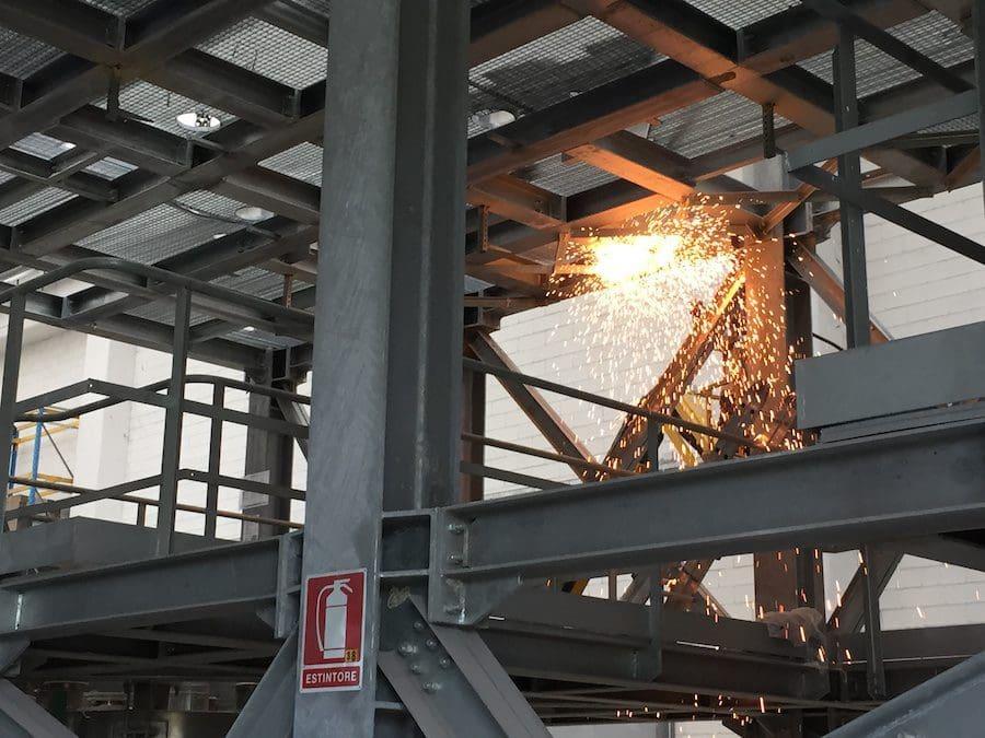 Demolizione carpenterie e silos